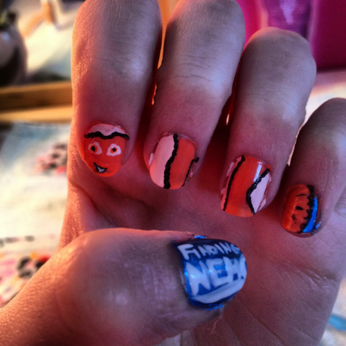 Finding nemo nails! 🐶