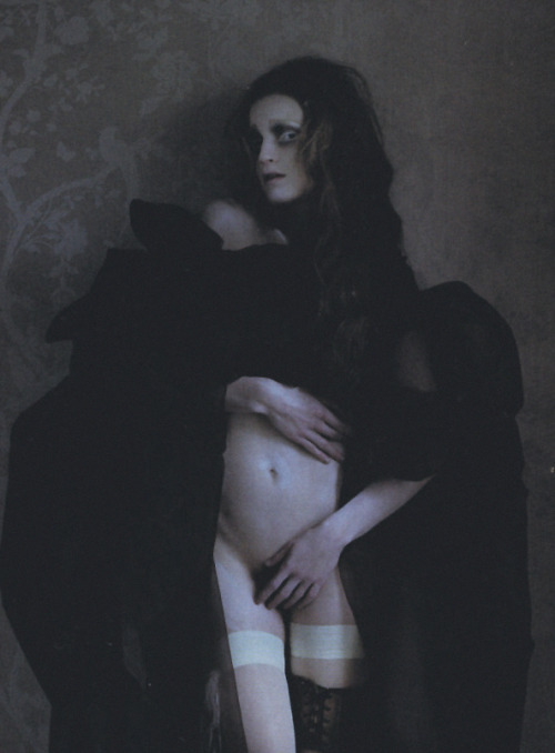 guinevere van seenus shot by tim walker for vogue italia