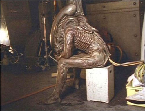 joshua-lindsey:  Xenomorph is just worn out today.