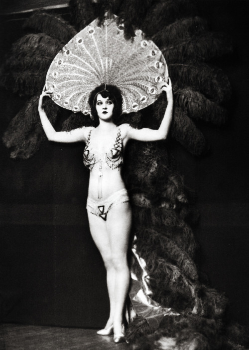 Ziegfeld Follies dancer, Katherine Burke photographed by Alfred Cheney Johnston c. 1922-1924