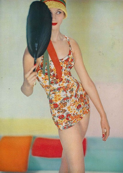 theniftyfifties:  1950s swimwear in a floral design.
