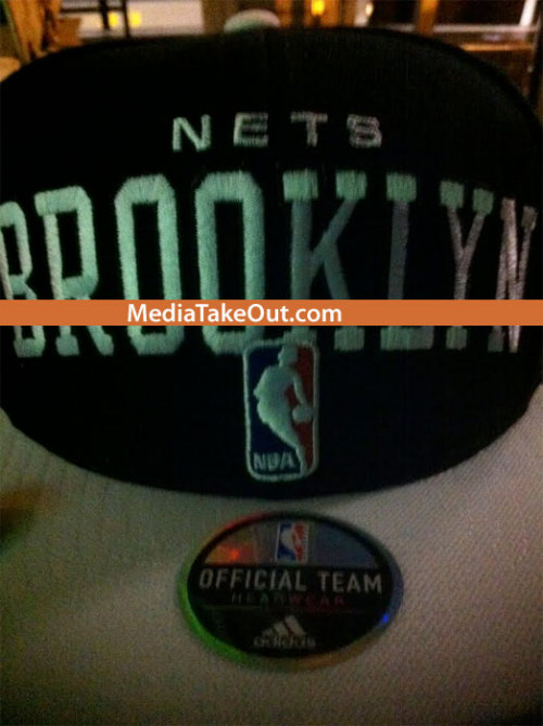 I don't usually wear hats BUT THE BROOKLYN NETS SNAPBACK THOUGHHHHH