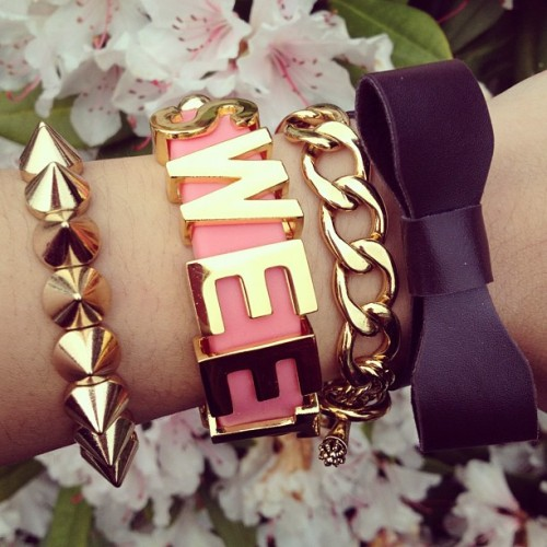 Sweet it's Friday #armparty #armcandy #swag #stacking #sweet #bow #gold #ootd #fashiondiaries #trend #lookbook #friday #aprilphotoaday #instagram #iphone4s #cookie (Taken with instagram)
