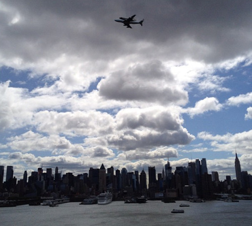 Beautiful shot of the shuttle and the NYC skyline from NBC News' Instagram account.  Cannot wait to see this up close! Shuttlemania.