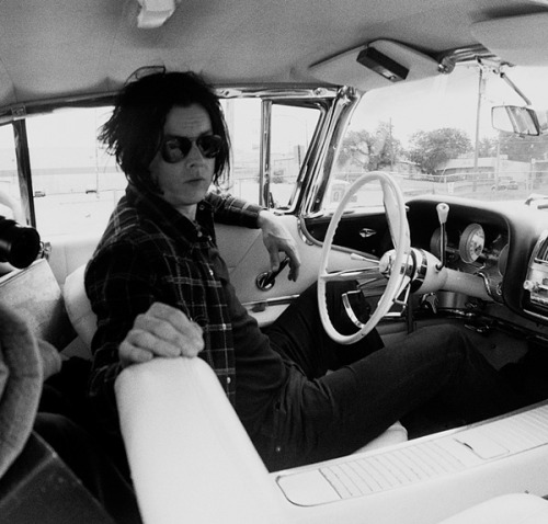 whittneydoll:  Jack White Unstaged Photo #5