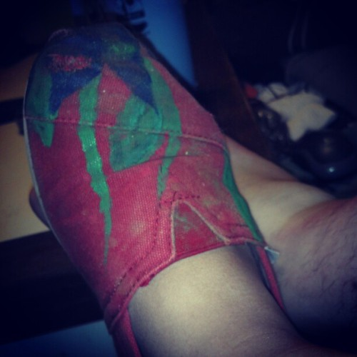 #TOMS #toms #shoe #shoes #paint #design #wear&tear #dirt #tan (Taken with instagram)