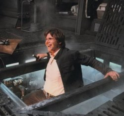 Rare and Fun Set Photos from the STAR WARS Trilogy Venkman, geektyrant.com Here's an awe­some­ly fun and rare col­lec­tion of pho­tos from the sets of the Star Wars tril­o­gy. I don't think I've ever seen most these images, a cou­ple of them might look famil­iar to you though. The pho­tos give us more of a can­did…