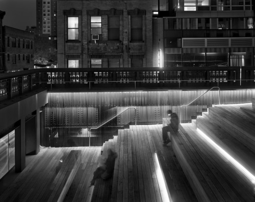 Highline Deck, 2011 © Matthew Pillsbury