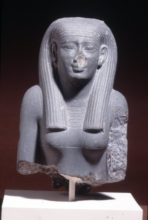 Mudstone statue of a woman, Ancient Egypt, 30th Dynasty The British Museum