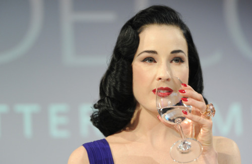 suicideblonde:  Dita Von Teese at the ARTDECO Art Couture Collection at Bayerischer Hof in Munich, April 26th This is one of those moments where Dita is so flawless that she looks like a ladydoll.