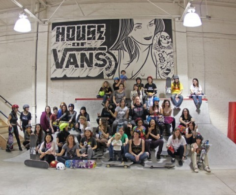 At the end of February, the All Chicks Skate Jam went down at the House of Vans in Brooklyn, New York City. Hosted by the likes of Mimi Knoop, the event was a great success with girls coming from near and far to take part and skate. All the girls were hooked up with goodies from Vans and Hoopla and a great time was had by all. Please head over to Mimi's blog to see loads of great pictures from the event.