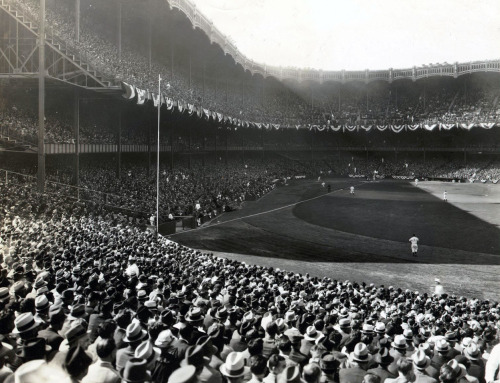 itsjohnsen:  Yankee Stadium, 1935 - 1947. NYC Municipal Archives | (via)