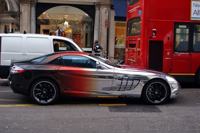 Blackredchrome Mercedes McLaren SLR(via Fancy)