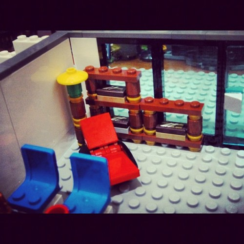 Gregory House office: the chair and the bookcase #lego #legostagram #legography #housemd #gregoryhouse #office  (Taken with instagram)