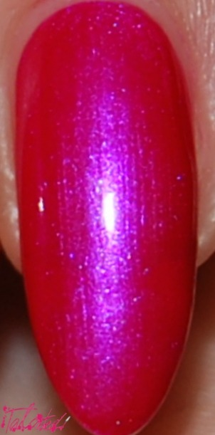 Swatch - OPI 'Pompeii Purple' Another birthday polish! I did wonder why this was called 'Pompeii Purple' as it's so obviously a hot pink, but as you can see in the pictures the purple/blue flash gives it a duochrome effect that makes it purple. This is two coats, but I would probably go with three if I was wearing this alone. As much as I love this polish, I was getting a bit bored of plain, one-colour manicures…so I added some leopard print to the tips! Lex :)