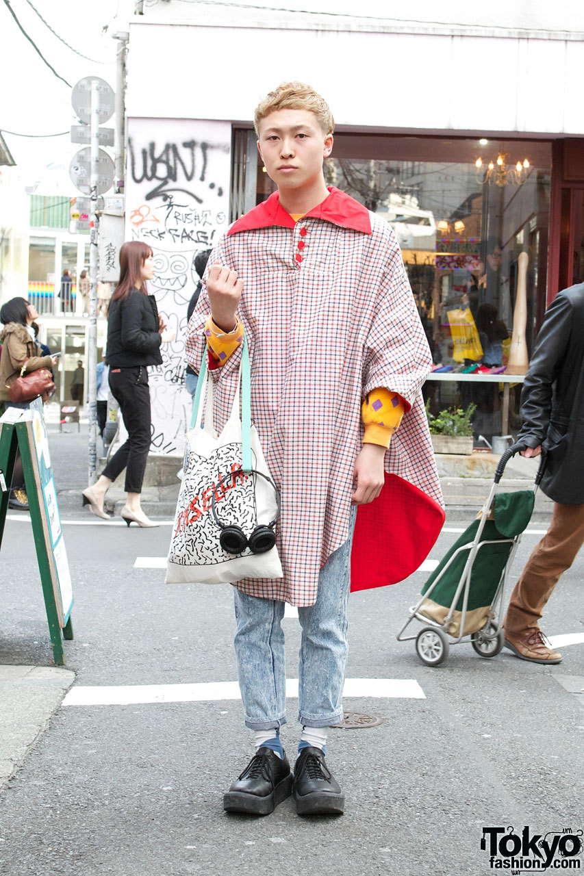 Blonde 18-year-old Harajuku guy w/ resale fashion, Kinsella bag & Tokyo Bopper shoes.