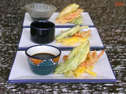 Capsicum Tempura Instead of seafood or other tempura, let try this capsicum tempura. Prepare the tempura batter and slice the capsicum into julienne strips. Dip into the batter and deep-fry to crisp. Serve with japanese soya sauce.