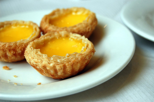 fyeahnomnoms:  Egg tarts by McPig on Flickr.
