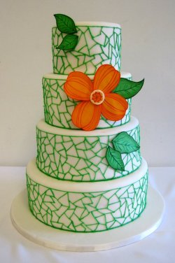 allthingszingermans:  Zingerman's Bakehouse Wedding Cake Source: Zingerman's Bakehouse Facebook Account