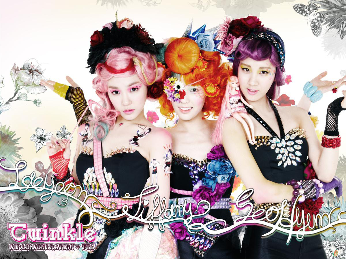 Some more pics of TTS From the Mini album Twinkle