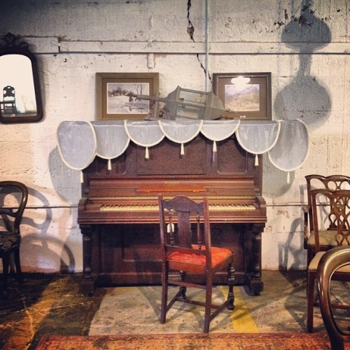 #piano #antique  (Taken with instagram)