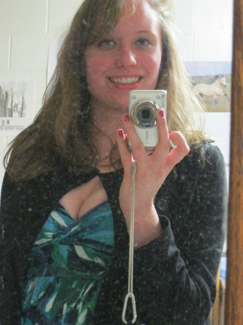 stereotypical myspace pic, but whatevs :D