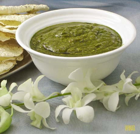 Palak Is spinach in Hindi usually cooked with paneer or aloo.