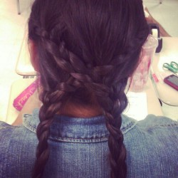 Idk what to call this :p #braids #braid @rosaelsena12 #pretty @prettyrose12  (Taken with instagram)