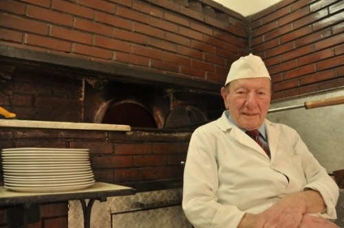 Da Michele Pizzeria - Naples - The world's best?