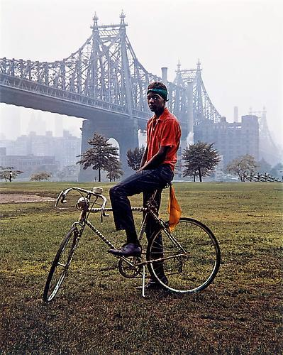 zmgphotography:  Evelyn Hofer, QUEENSBORO BRIDGE, NEW YORK, 1964.