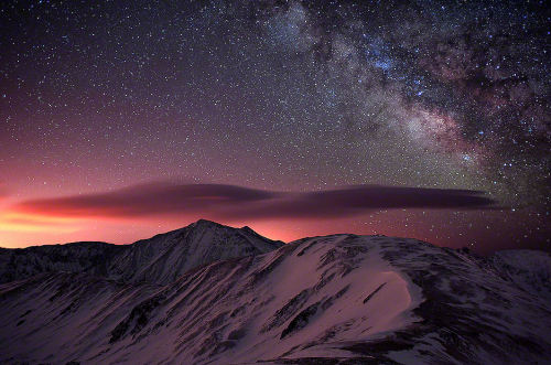 lori-rocks:  Lenticular Mountain Milky Way By Mike Berenson