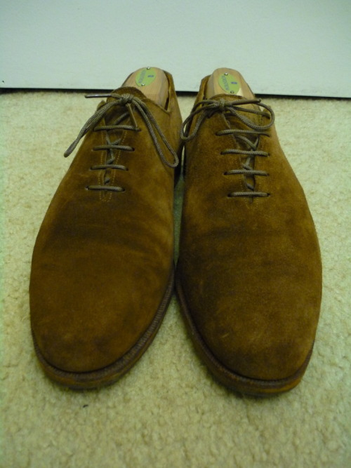 Used Benchmade Snuff Suede Wholecuts by Polo Ralph Lauren, size 10B on StyleForum IMO, blue label is often underrated and overlooked. If you have a good enough eye and a knack for sifting through the rubbish, there are always hidden gems like this to be had.