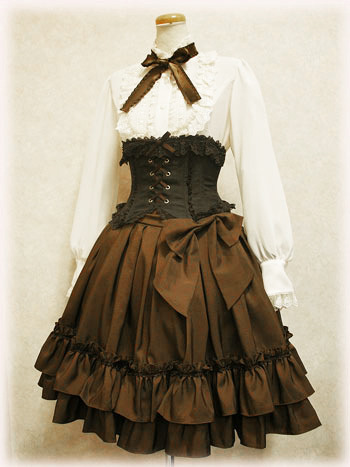 cheveuxroux:  Blouse and Corset: Innocent WorldSkirt: Victorian Maiden