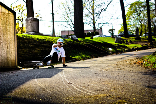 mi-dh:  Rider Peter Croce chillin in a graveyard. Photo credit goes to Fluff at fluffstudios.tumblr.com