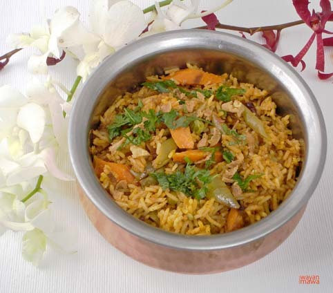 Rice Biryani Biryani is one of the famous Indian dish that perhaps everyone has tried. A dish by itself with choice of vegetarian, with chicken or lamb. Sometime people like with prawns or lobster but is not common in India. The dhum biryani is one of my favorite, the taste is so subtle and smooth in your mouth with combination of the herb, spices, seasonings, rose water or pandan flower water (hyderabad) make this dish probably the best rice dish in the world.