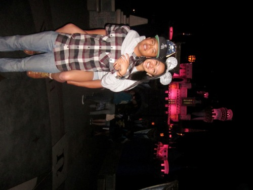 Disneywaaaand couple<3 got our ears together