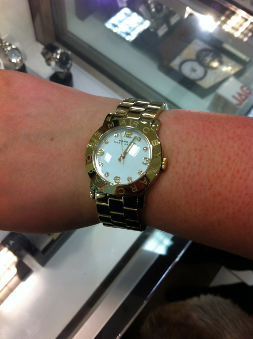 This beautiful baby will be on my wrist within the week. This is the one i tried on in MYER for $320… the one i ordered is coming from America for $165 with priority international shipping included. EXCITED ♥