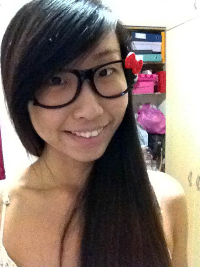 Kitty specs from my sister. Check her blog out —> hellosharmain
