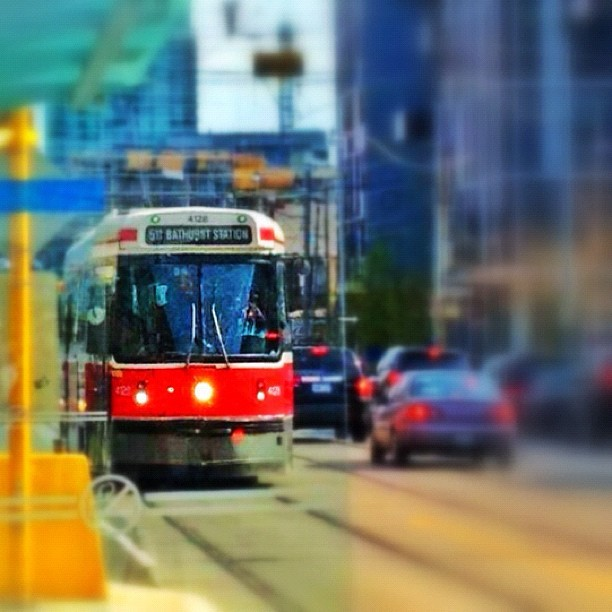 Streetcar #Toronto #YYZ #socialtravel  (Taken with instagram)