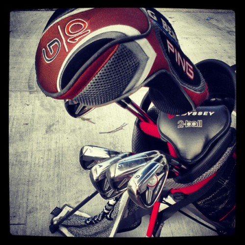 #golf #clubs #bag #irons #tigerwoods #ping #taylormade #burners #sport #bayonet #golfcourse #great #sunday #follow #followme  (Taken with instagram)