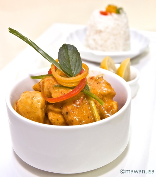 Thai Red Curry When in Thailand, try this hot red curry. You can have it with chicken, fish, shrimps or any of your favorite meat or vegetables. It is really good, spicy and better to have it with jasmine rice.