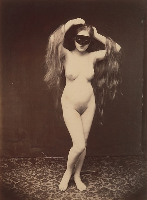 wickedknickers:  regardintemporel: Anonyme - Nu au Masque, vers 1870
