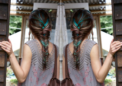 I love the colours and the fishtail (?) braid. I am tempted.
