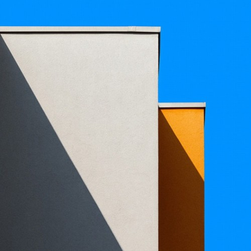 two rectangles : two triangles #art #architecture #beautiful #angles #sky #colorful #geometry #kofi_photos  (Taken with instagram)