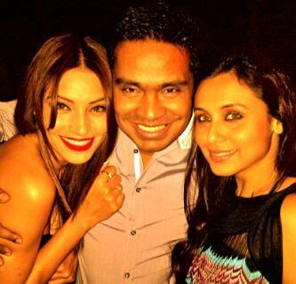 Rani with Bipasha at Mushtaq Shiekh Birthday