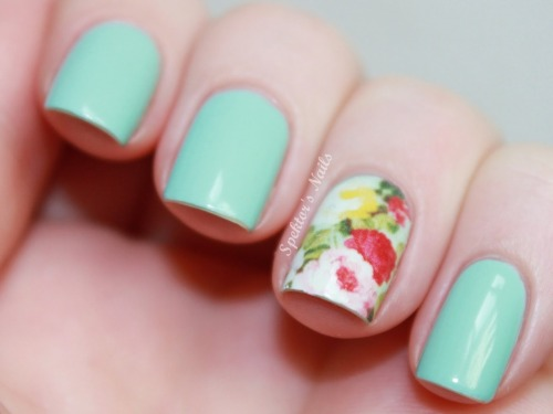 spektorsnails:  Essie - Mint Candy Apple & Water Decals