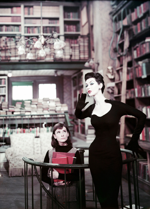 theniftyfifties:  Audrey Hepburn and Dovima in 'Funny Face', 1957.