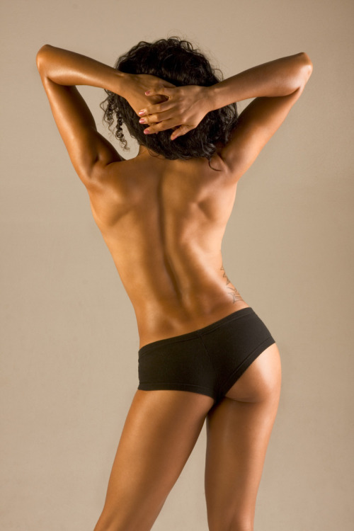 fuckyeahfitbodies:  Love her back