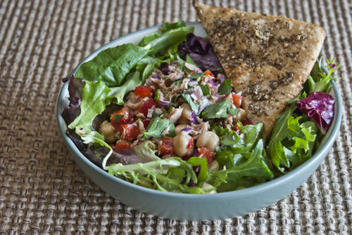 Mediterranean Antipasto Tuna Salad with Black Pepper-Garlic Flatbread Sources: @EatingWell and @Cooking_Light Fresh Food Fast