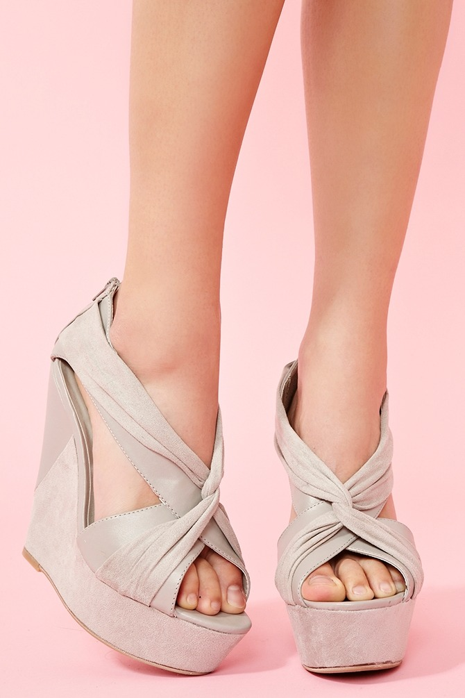 Twisted Platform Wedge on @LoLoBu - http://lolobu.com/o/1831/